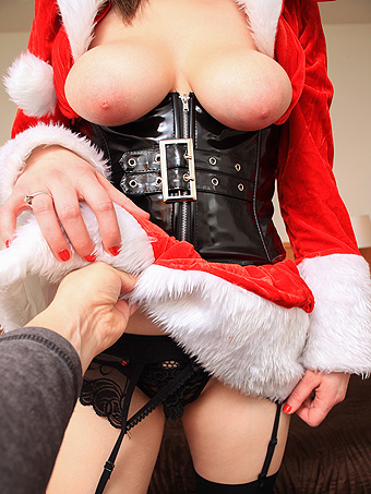 Xmas time and Boobs Fuck time