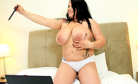 Katie Black Freeones